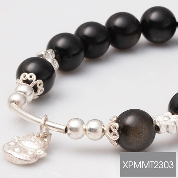 vong-tay-da-obsidian-rainbow-10-mix-charm-meo-than-tai-treo-bac-999-bmtt02-01