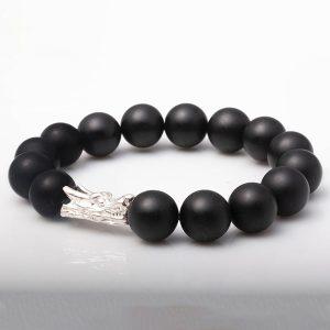 vong-tay-nui-lua-obsidian-nham-12-mix-charm-dau-rong-bac-999