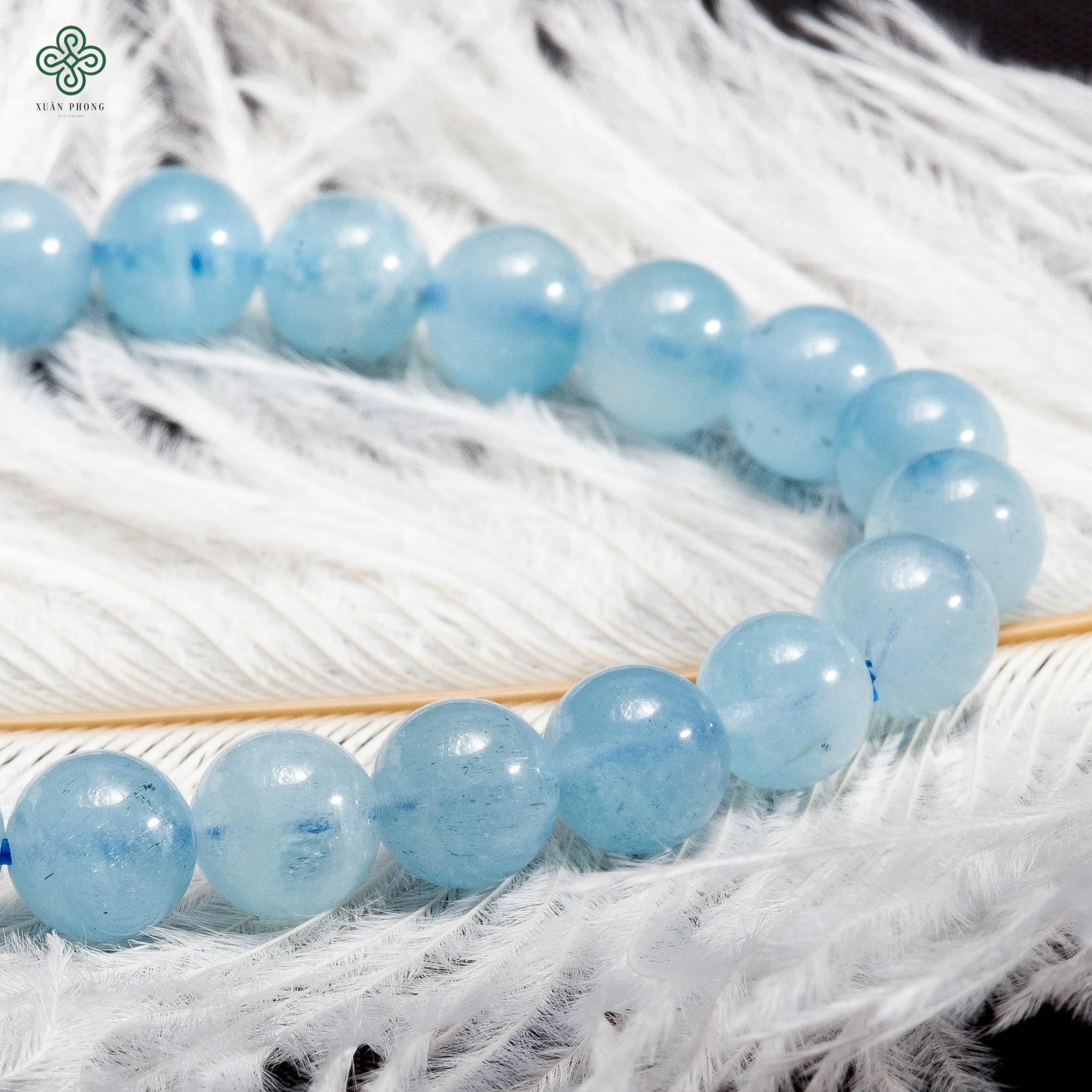 vong-tay-phong-thuy-da-aquamarine-03